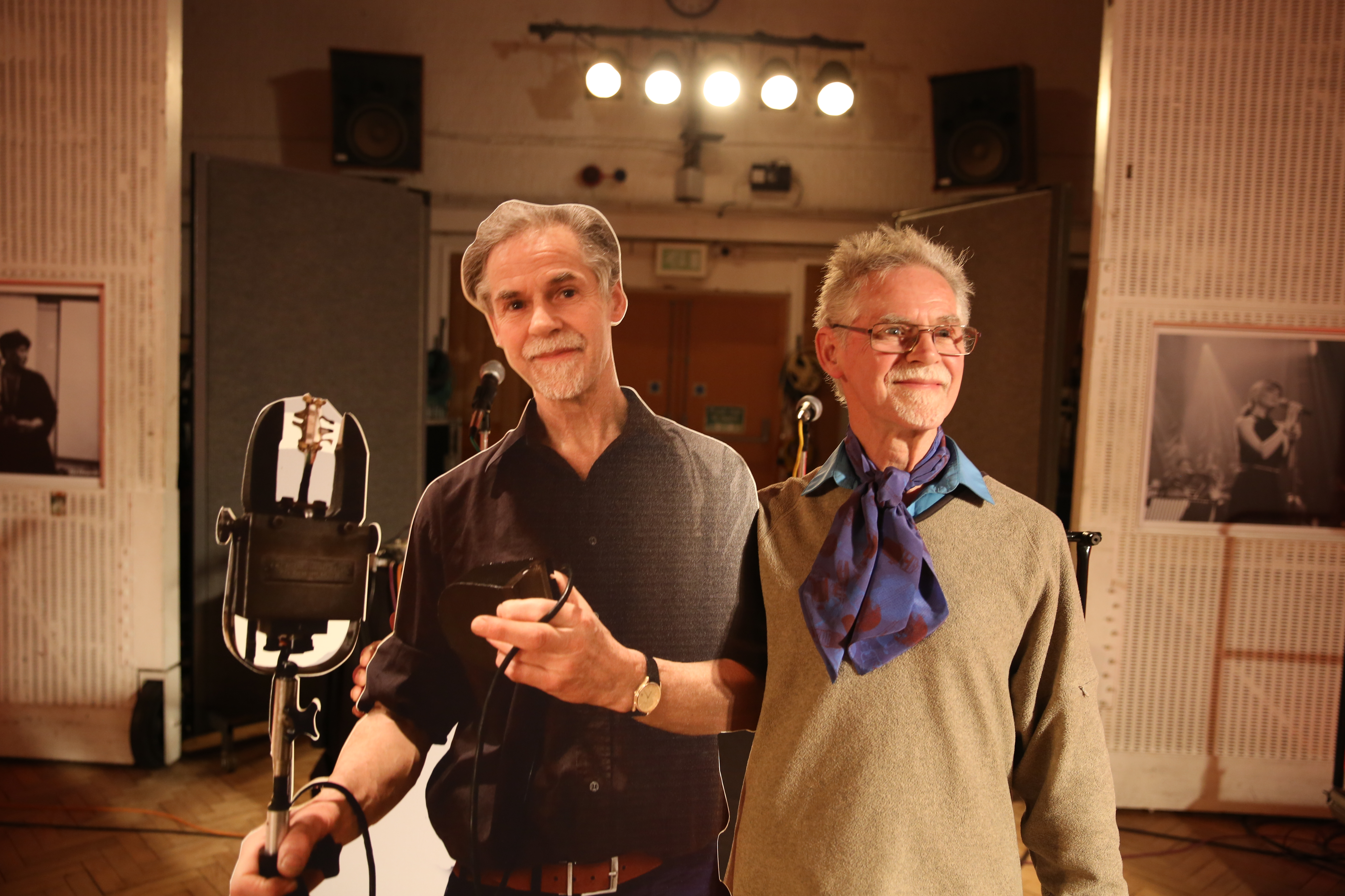 Lester celebrates his 50th year at Abbey Road